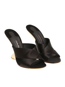 Salvatore Ferragamo - Black Alcamo sandals
