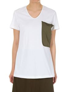 Marni - White t-shirt with green pocket