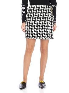 Off-White - All over white and black houndstooth skirt