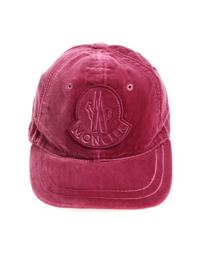 19a95bac417 Moncler Fall Winter 18 19 magenta velvet cap with logo - 0039700 ...