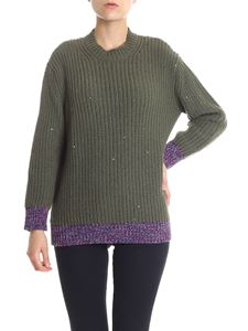 N° 21 - Green pullover with sequins