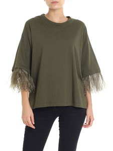 N° 21 - Army green sweater with feathers