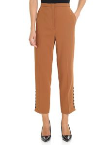 N° 21 - Camel trousers with buttons on the bottom