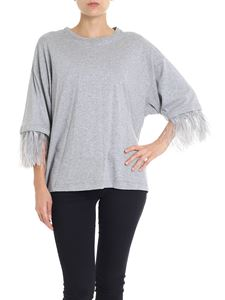 N° 21 - Gray sweater with feathers on the sleeve
