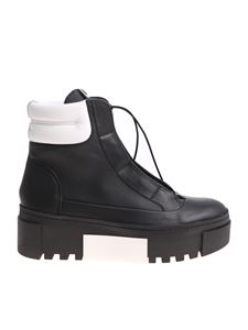 Vic Matiè - Black ankle boots with white edges