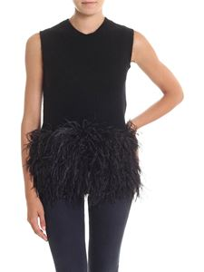 N° 21 - Black tricot top with ostrich feathers