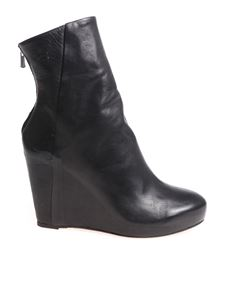 The Last Conspiracy - Cara black ankle boots