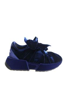 MM6 by Maison Martin Margiela - Sneakers with blue bow