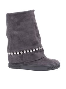 "Casadei - Grey suede boots with ""Chain"" motif"
