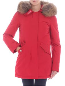 """Woolrich - """"W'S Arctic Fr"""" red down jacket"""