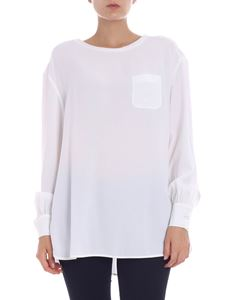 KI6? Who are you? - Blusa bianca con tasca a toppa