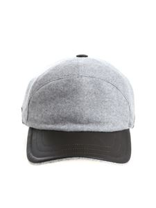 Fedeli - Grey cap with leather details