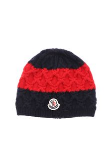 Moncler Jr - Blue cap and red embossed pattern