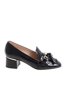 Tod's - Black pumps with tassels and silver logo