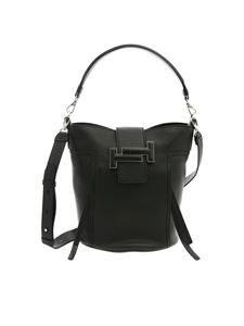 Tod's - Tod's bucket bag in black leather