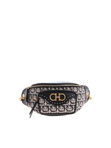 Salvatore Ferragamo - Black genuine leather waistbag