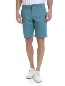 Lacoste - Slim fit shorts in light blue