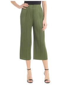 PLEATS PLEASE Issey Miyake - Ruffled fabric cropped trousers in green