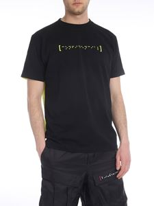 Marcelo Burlon - Staff Confidencial T-shirt in black and neon yellow
