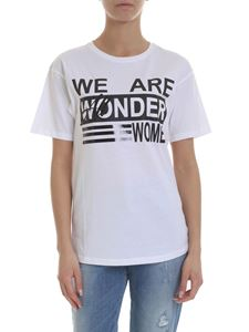KI6? Who are you? - We Are Wonder Women T-shirt in white