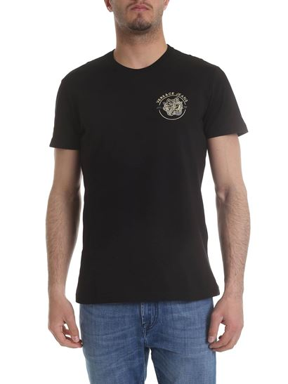 8828579e Black t-shirt with golden logo embroidery