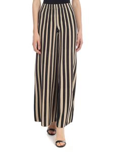 D.Exterior - Cropped trousers in black and beige
