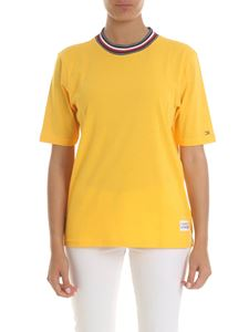 Tommy Hilfiger - T-shirt with knit collar in yellow