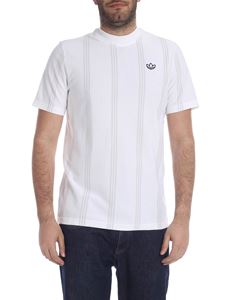 Adidas - Stand Collar T-shirt in white