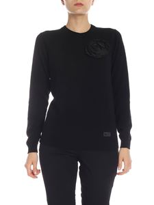 be Blumarine - Pullover in black with taffeta brooch