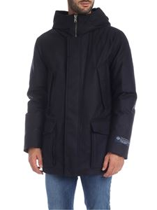 Woolrich - Mountain down jacket in black and blue