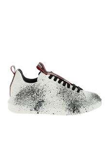 Gaelle Paris - White sneakers with splashes of color