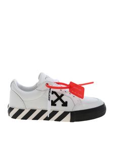 Off-White - Arrow Low Vulcanized sneakers in white