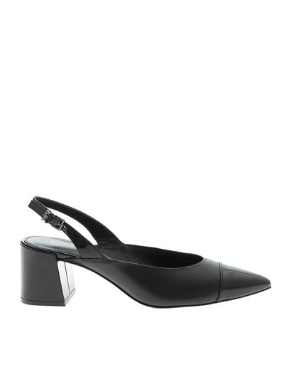 slingback pointed pumps in black