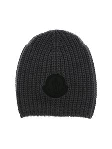 Moncler Jr - Grey beanie with black logo patch