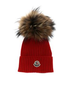 Moncler Jr - Red beanie with fur pompon