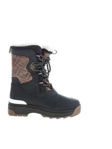 Fendi - Moon Boots in black and brown color