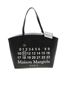 Maison Margiela - Glam Sam shoulder bag in black