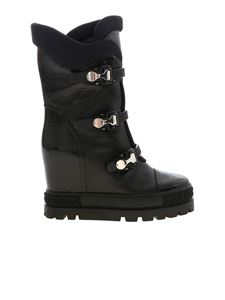 Casadei - Boots in black with hook detail