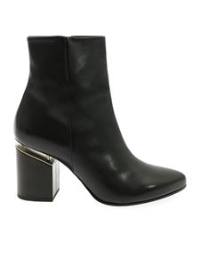 Vic Matiè - Ankle boot in black leather