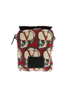 Valentino - Red shoulder bag with GO SKULL print