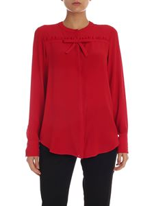 N° 21 - Red crepe shirt with bow