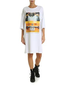 DKNY - Taxi print dress in white