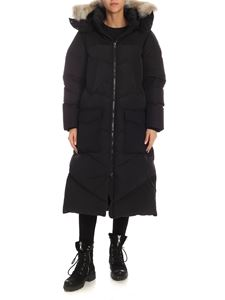 Woolrich - Logo long fit parka in black