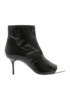 MSGM - Pointed ankle boots in black patent leather