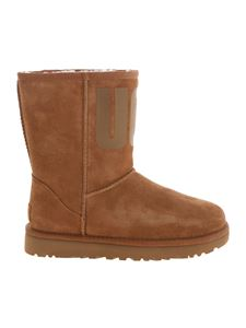 UGG Australia - Short Logo Classic ankle boots in brown