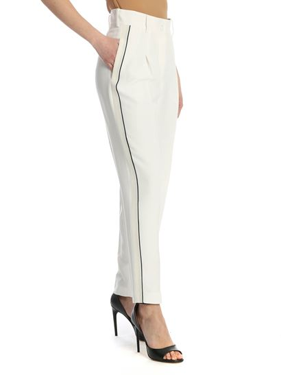 N° 21 - Contrasting piping pants in cream color