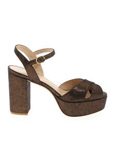 Stuart Weitzman - Ivona sandals in bronze color