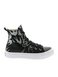 McQ Alexander Mcqueen - Swallow sneakers in black and white