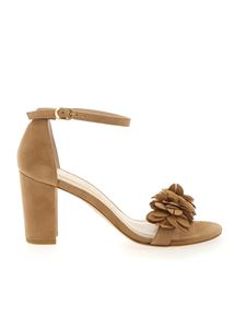 Stuart Weitzman - Nearlynude Flower sandals in beige