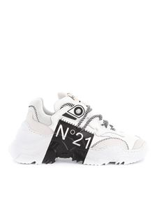 N° 21 - Billy-Limited Edition in white and black